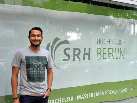 """Leave your comfort zone"": René about International Management at SRH Berlin"