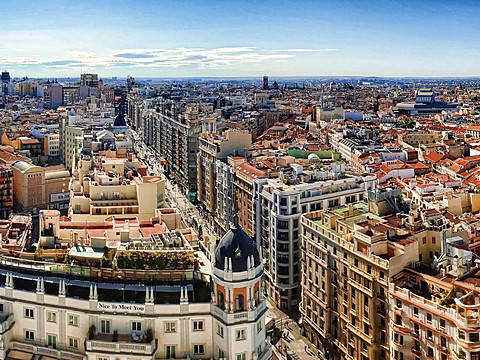 Study Business in Spain: All you need to know